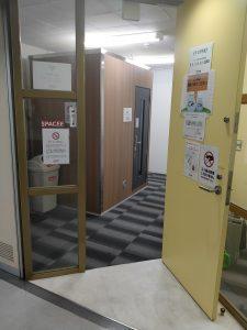 レンタルルーム入口